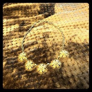 Fun flowery necklace